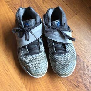 Kyries Nike Boys basketball shoes size 13